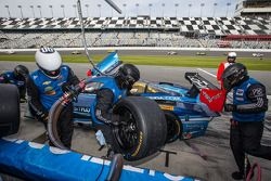 Arrêt au stand - #90 Spirit Of Daytona Corvette DP Chevrolet: Richard Westbrook, Michael Valiante,