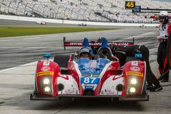 Pit stop for #87 BAR1 Motorsports ORECA FLM09: Sean Rayhall, James Kovacic, Doug Bielefeld, Gaston K