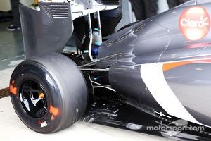 Sauber C33 rear suspension detail