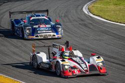 #6 Pickett Racing ORECA 日产: 克劳斯·格拉芙, 卢卡斯·鲁尔, 阿历克斯·布伦德尔, #60 Michael Shank Racing 和 Curb/Agajanian Ri