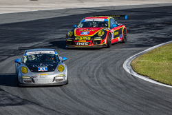 #81 GB Autosport 保时捷 911 GT America: 达米恩·福克纳, 帕特里克·许士文, 鲍勃·法耶塔, 迈克尔·阿韦纳帝, #30 NGT Motorsport 保时捷 911 GT America: 恩里克·西斯内罗斯, 克里斯蒂娜·尼尔森, 尼基·蒂姆, 库巴·吉尔马兹亚克