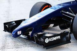 Williams FW36 - asa dianteira e bico detalhe