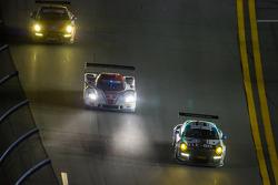 #44 Magnus Racing Porsche 911 GT America Porsche: John Potter, Andy Lally, Wolf Henzler, Jean-François Dumoulin ; #5 Action Express Racing Corvette DP Chevrolet: Joao Barbosa, Christian Fittipaldi, Sébastien Bourdais ; #30 NGT Motorsport Porsche 911 GT