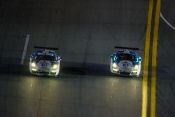 #18 Muehlner Motorsports America 保时捷 911 GT America: 埃尔·班博, 欧亨尼奥·阿莫斯, 布拉德利·布鲁姆, 亚历山大·因佩拉托里, 罗纳德·兹察, #19 Muehlner Motorsports America 保时捷 911 GT America: 兰迪·普博斯特, 吉姆·迈克廉, 鲍勃·多伊尔, 罗伯特·格维尔茨