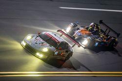 #912 Porsche North America Porsche 911 RSR: Patrick Long, Michael Christensen, Jörg Bergmeister ; #2