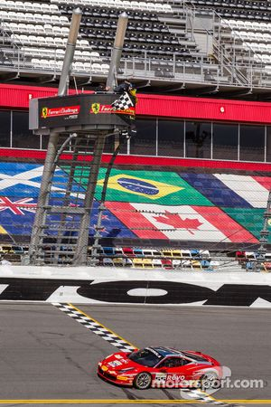 Scott Tucker, Boardwalk Ferrari sous le drapeau à damier