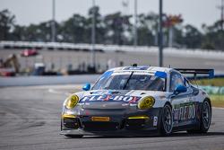#44 Magnus Racing Porsche 911 GT America Porsche: John Potter, Andy Lally, Wolf Henzler, Jean-Franço