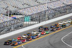 ST largada: #93 HART Honda Civic Si: Chad Gilsinger, Michael Valiante e #56 Murillo Racing BMW 328i: