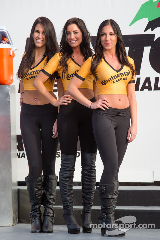 Continental Tire girls