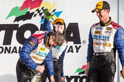 GS podium: Champagne pour Shelby Blackstock, Ashley Freiberg et John Edwards