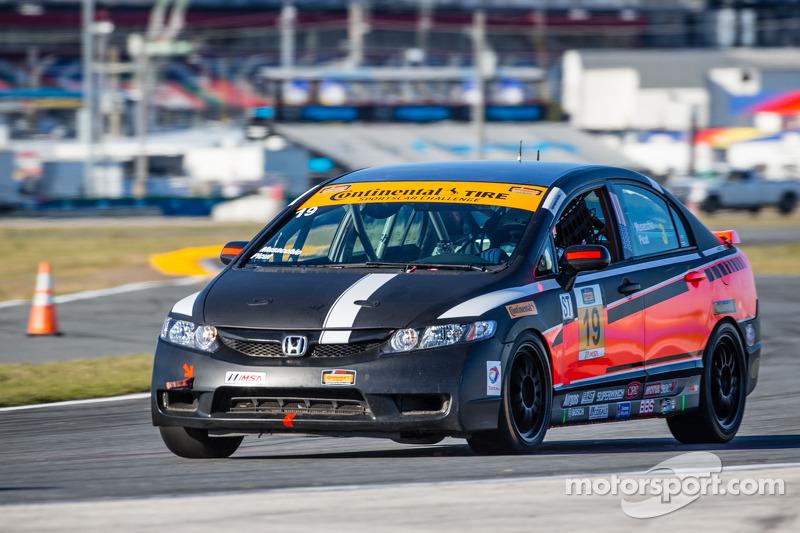 #19 PRP Motorsports / Next Generation M/S 本田思域 Si: Sergio Musacchio, Richard Picut