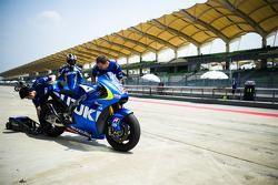 Takuya Tsuda, Suzuki MotoGP