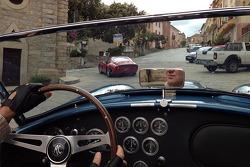Adrian Newey guida in Saredegna