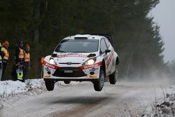 Henning Solberg y Ilka Minor, Ford Fiesta WRC