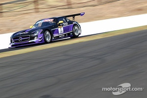 #1 Erebus Motorsport Mercedes SLS AMG GT3: Bernd Schneider, Maro Engel, Nico Bastian