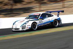 #67 Motorsport Services Limited 保时捷 997 GT3 Cup: 杰夫·劳里, 托尼·理查兹, 乔纳森·文特尔