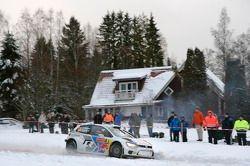 #9 大众 Polo R WRC: 安德利亚斯·米克尔森, 米克·马库拉