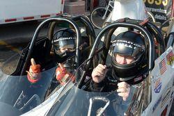 İki koltuklu süper hız aracı