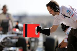 索伯F1车队机械师,阿德里安·苏蒂尔, 索伯F1车队