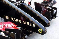 Romain Grosjean, Lotus F1 E22 detalle de la espiga