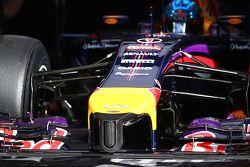 塞巴斯蒂安·维特尔, 红牛车队RB10赛车,鼻骨细节