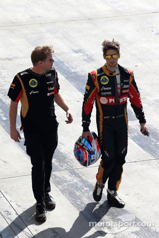 Andy Stobart, assessor de imprensa da Lotus F1 Team e Romain Grosjean, Lotus F1 Team