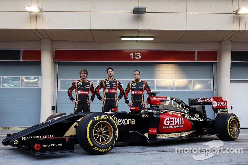 (L to R): Charles Pic, Romain Grosjean, Lotus F1 Team with team mate Pastor Maldonado, Lotus F1 Team