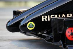 路特斯F1赛车E22官方发布 - 鼻翼细节