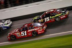 Justin Allgaier, HScott Motorsports Chevrolet, Clint Bowyer, Michael Waltrip Racing Toyota
