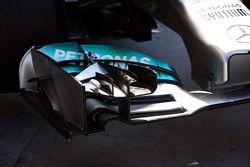 Mercedes AMG F1 W05 : Aileron avant