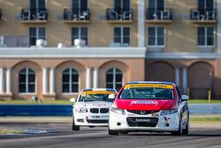#44 CRG - I Do Borrow Honda Civic Si: Sarah Cattaneo, Owen Trinkler