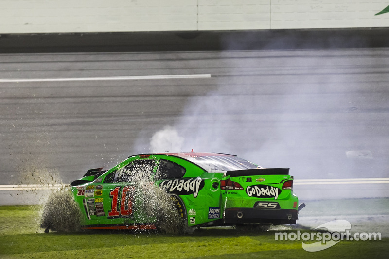 Problemi per Danica Patrick, Stewart-Haas Chevrolet Corsa