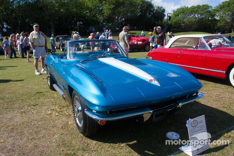 1963 Chevrolet Corvette Roadster/Shark coupe - Harley Earl