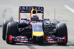 Daniel Ricciardo, Red Bull Racing RB10, mit Messgeräten