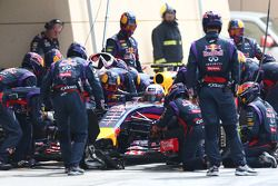 Boxenstopptraining: Daniel Ricciardo, Red Bull Racing RB10