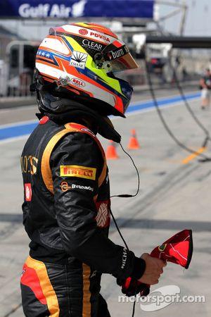 Pastor Maldonado, Lotus F1 Team, bleibt stehen
