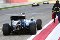 Valtteri Bottas, Williams FW36 start-finiş düzlüğünde duruyor