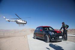 Jay Leno and Nani Roma share the Dakar winning Mini