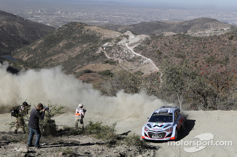 Chris Atkinson et Stéphane Prévot, Hyundai i20 WRC, Hyundai Motorsport