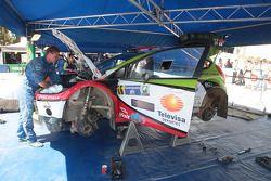 Benito Guerra and Borja Rozada, Ford Fiesta WRC