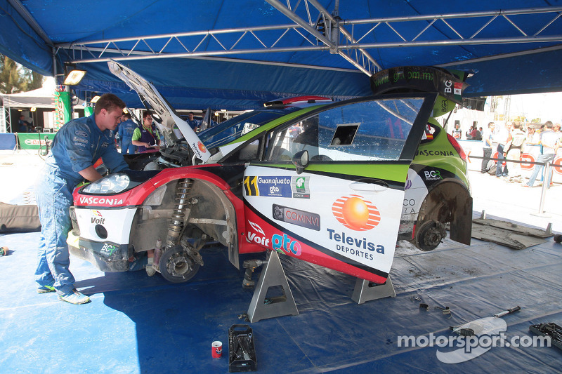 Benito Guerra et Borja Rozada, Ford Fiesta WRC