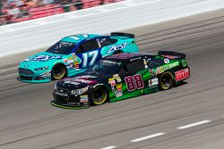 Dale Earnhardt Jr. und Ricky Stenhouse Jr.