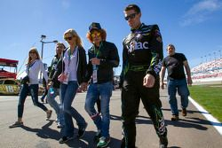 Carl Edwards, Roush Fenway Racing Ford with Carrot Top