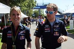Sebastian Vettel, Red Bull Racing, mit Britta Roeske, Red Bull Racing, Pressesprecherin