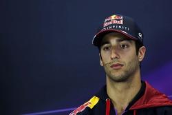 Daniel Ricciardo lors de la conférence de presse FIA