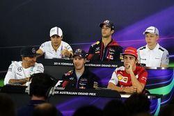 FIA Basın Konferansı, Williams; Daniel Ricciardo, Red Bull Racing; Kevin Magnussen, McLaren; Lewis H