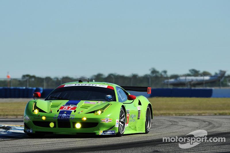 #57 Krohn Racing 法拉利 F458 Italia: 尼克·琼森, 特雷西·克龙, 安德烈·贝托里尼