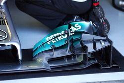 Mercedes AMG F1 W05 ön kanat