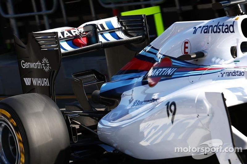 Felipe Massa, Williams FW36 arka kanat.