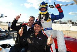 P组杆位获得者 塞巴斯蒂安·布尔戴斯和队友Joao Barbosa,以及Christian Fittipaldi